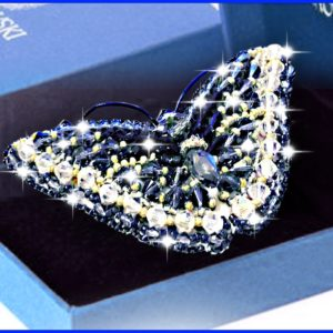 Образа в каменьях Брошь Swarovski Бабочка Джинс 7,5х3,5см арт. 77-Б-17(S)